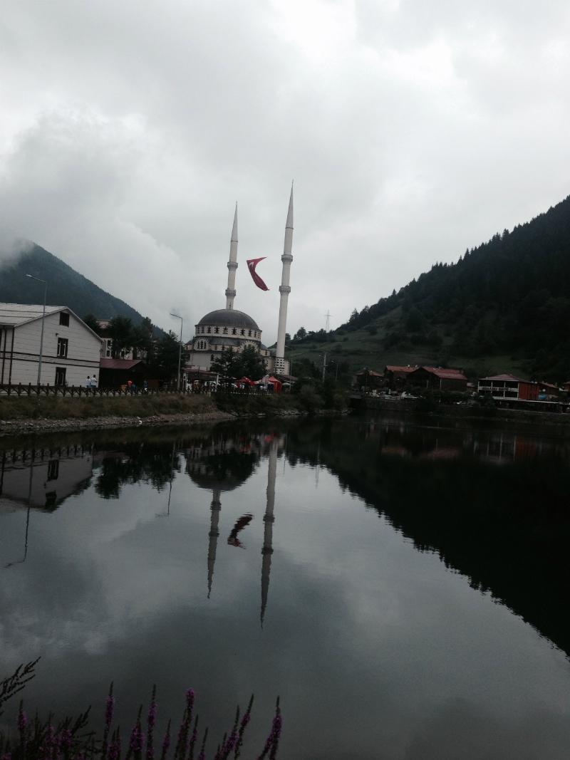 (@Vildan DOĞAN) Uzungöl, Trabzon ( Yaşamak Güzel Şey Doğrusu )